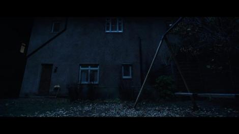 The.Conjuring.2.The.Enfield.Poltergeist-Teaser.Trailer-Image-01