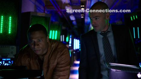 Arrow.Season.4-Blu-ray.Image-06